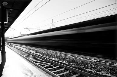 treno_in_corsa_stazione_bologna_c_girolamo_mancuso